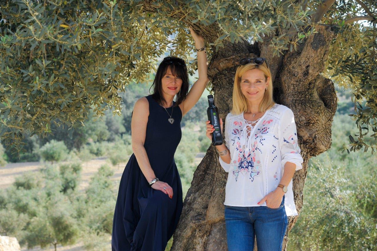 BRESAN Uta Sänger besucht Treurer Olivenfarm